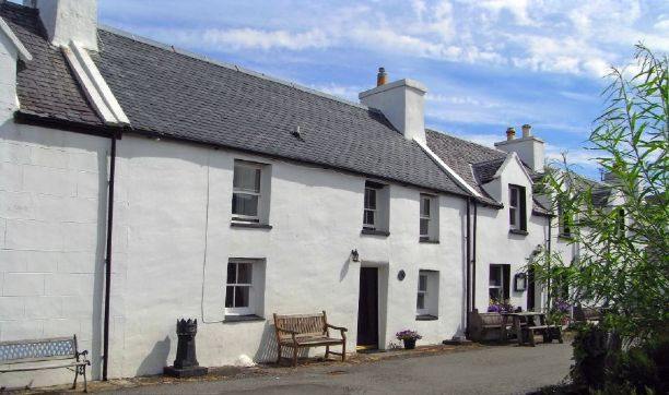 Beachcomber Cottage. Self-catering cottage for rent on Skye